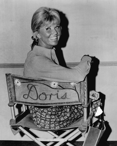 Sweet Doris Day radiating on the set. Public domain image.